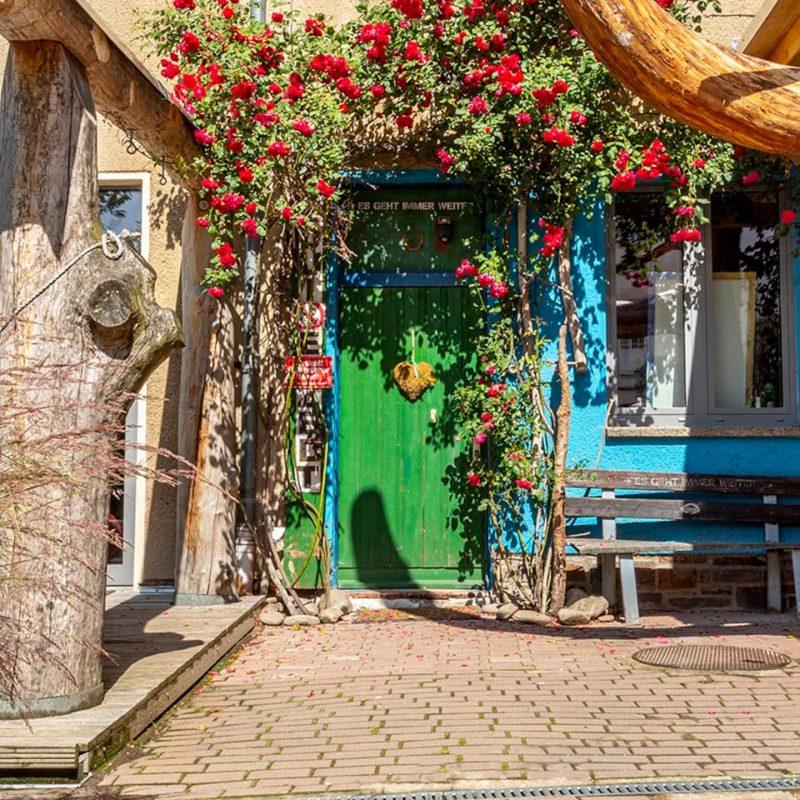 Idyllischer Eingang zum Gartenloft.