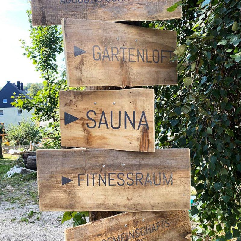Und nun gehts in die ... Sauna.